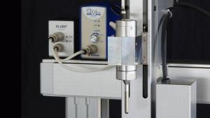 スズキ小型超音波溶着機 AUH30CW を小型三軸ロボットに装着し稼働させてみました。小型超音波溶着機のさまざまな使い方も併記しました。