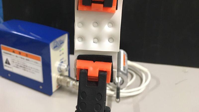 熱可塑性エラストマーを小型超音波溶着器「AUH30CW」を使用して溶着し、剥離強度を計測してみました。